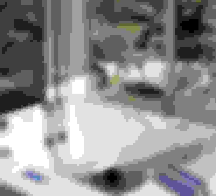 Baños de estilo  por .oboo-outdoor