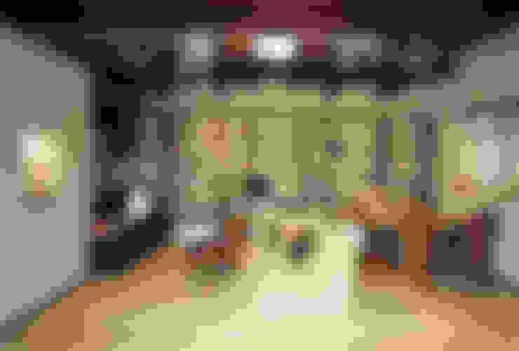 Ruang Keluarga by 小栗建築設計室