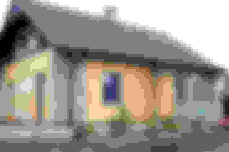 Metamorfoza domu w Bieszczadach: styl , w kategorii Domy zaprojektowany przez deco chata