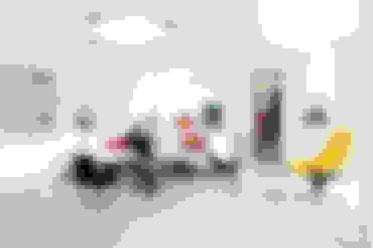 Salon de style  par E2 Architecture + Interiors