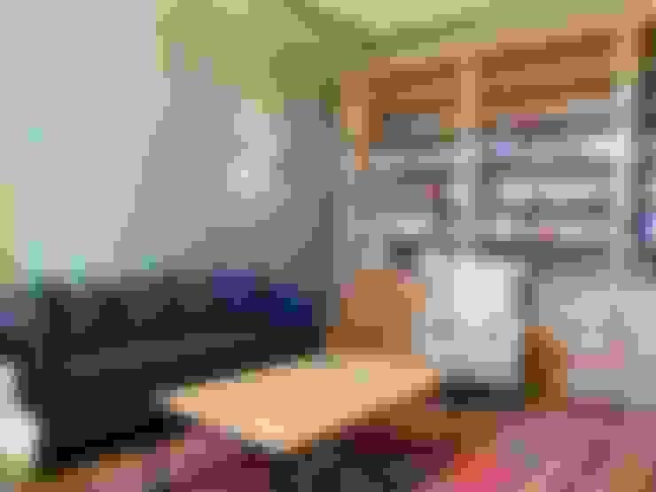 Oficinas de estilo  por PROJEKT MB