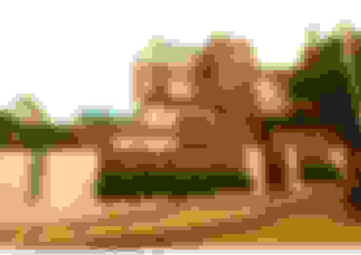 Casas de estilo  por Aadyam Design Studio