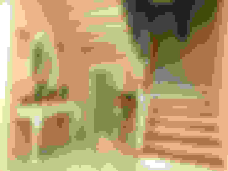 Pasillos y hall de entrada de estilo  por HEBART MİMARLIK DEKORASYON HZMT.LTD.ŞTİ.