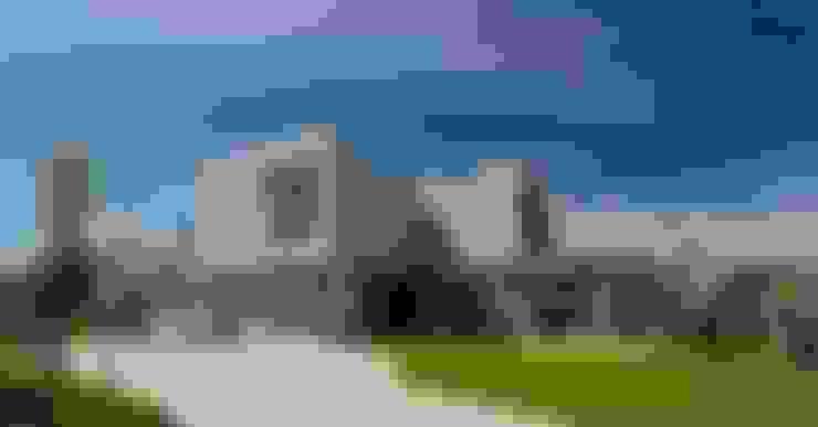 Los Castores, Nordelta : Casas de estilo  por Estudio Sespede Arquitectos