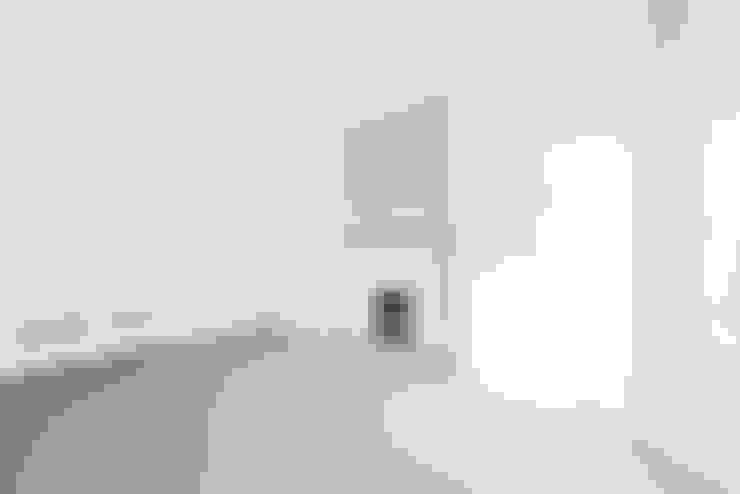 Living room by Lambert&Sons