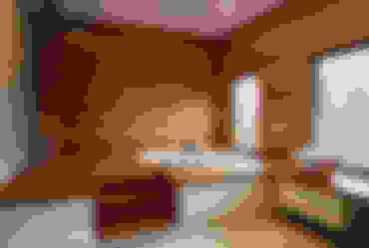 Bathroom by LOFTING