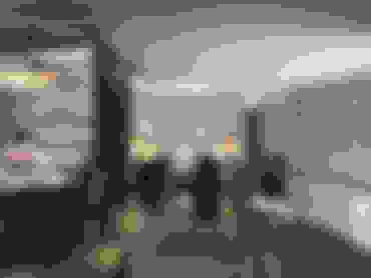 Design studio of Stanislav Orekhov. ARCHITECTURE / INTERIOR DESIGN / VISUALIZATION.의  거실
