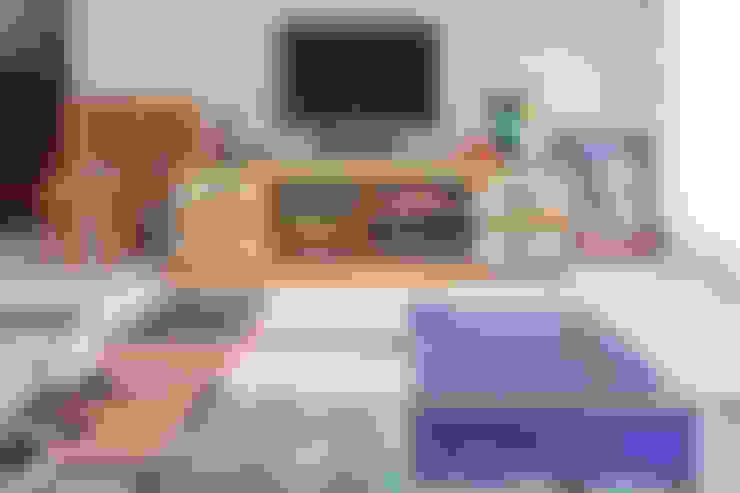 Apartamento 303: Salas de estar  por Estúdio Barino | Interiores