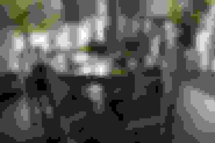 Sala de jantar  por Bamboe design