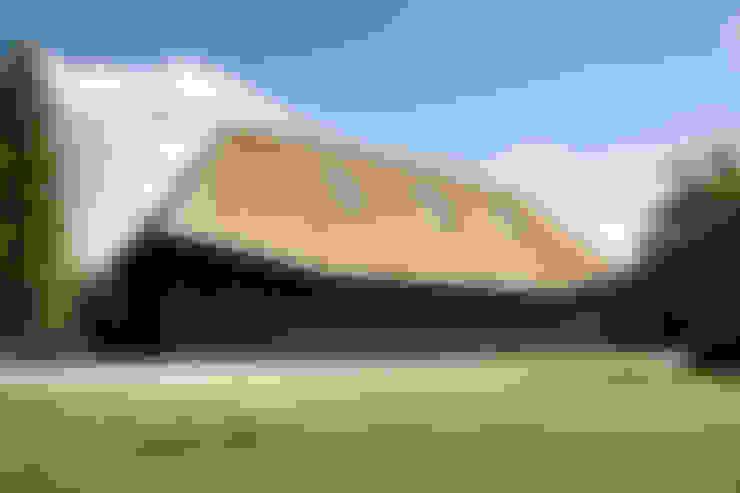 Vlaamse schuur Bolberg:  Huizen door Arend Groenewegen Architect BNA