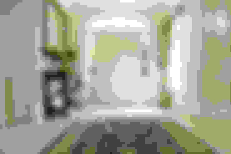 Vestíbulos, pasillos y escaleras de estilo  por CLAIRE HAMMOND INTERIORS