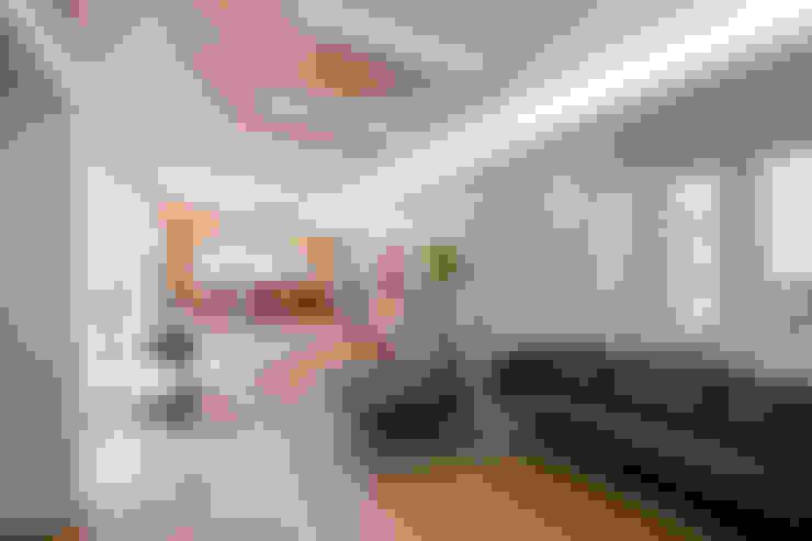 Гостиная в . Автор – (주)건축사사무소 아뜰리에십칠