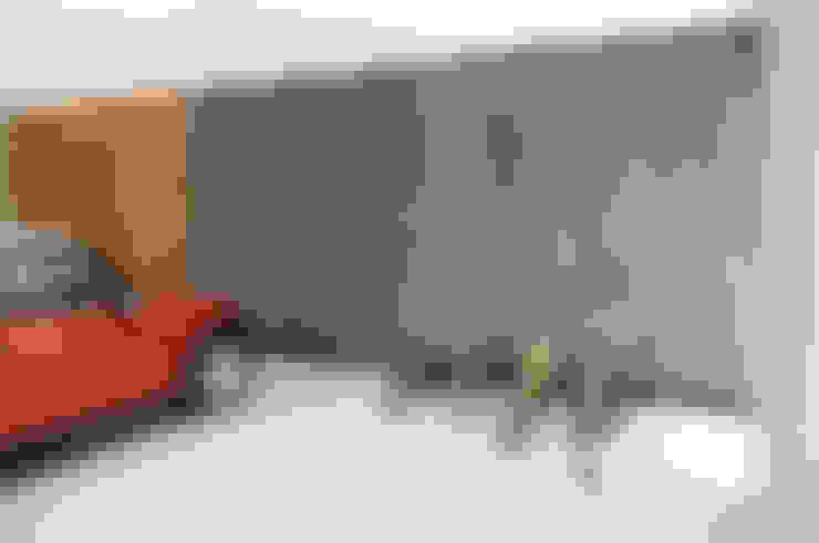 Garage/shed by Mediamadera