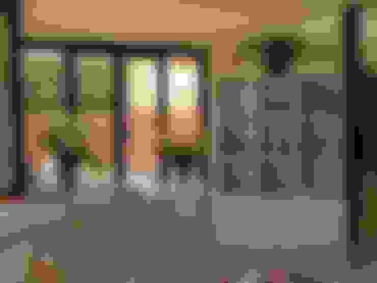 Salas / recibidores de estilo  por muebles apa