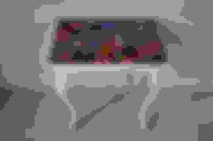 Stolik: styl , w kategorii Salon zaprojektowany przez JodlowskaHaliszczak