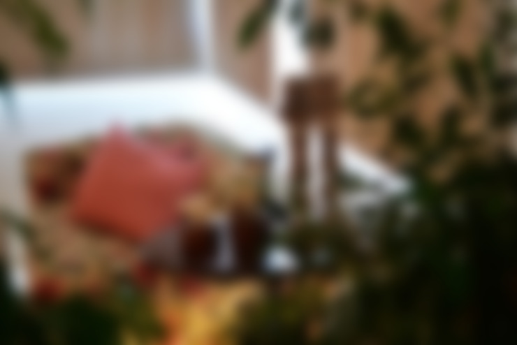 Casa Colonial: Salas de estar  por Helô Marques Associados