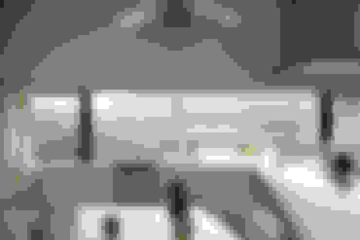 Windows by 株式会社CAPD