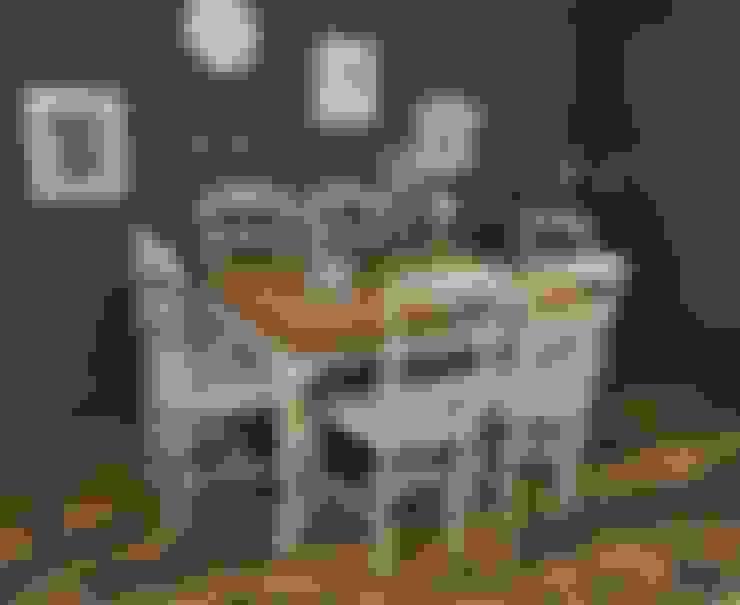 Comedor de estilo  por The Treasure Trove Shabby Chic & Vintage Furniture