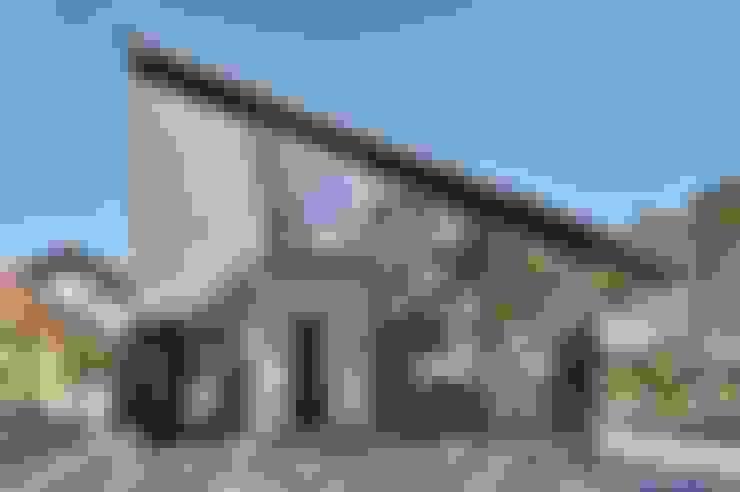 外観: 若山建築設計事務所が手掛けた家です。