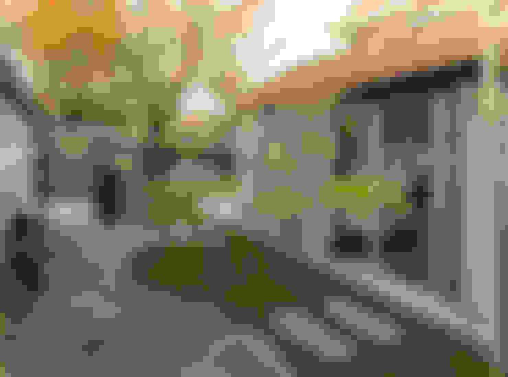 Jardines de invierno de estilo  por Roorda Architectural Studio