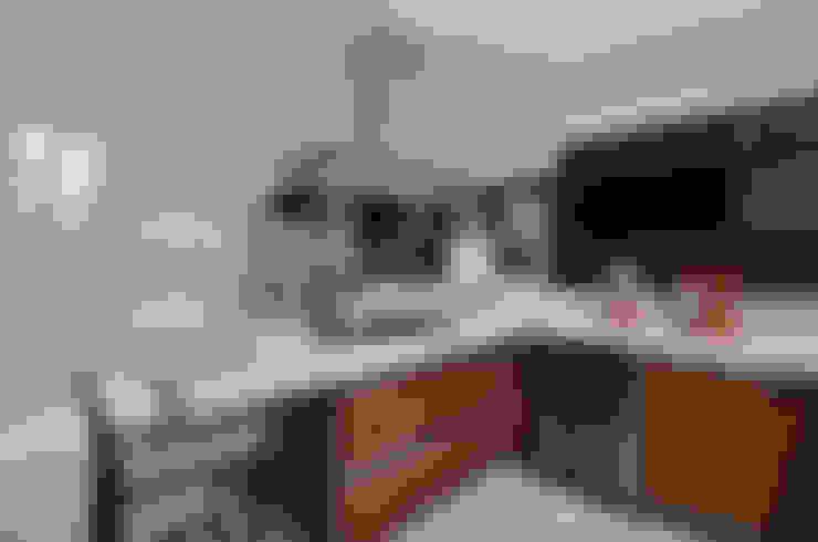 Casa Contemporânea: Cozinhas  por Johnny Thomsen Arquitetura e Design