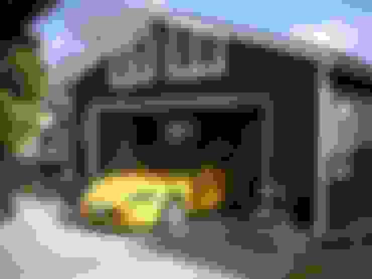 Garages de estilo  por J-STYLE GARAGE Co.,Ltd.