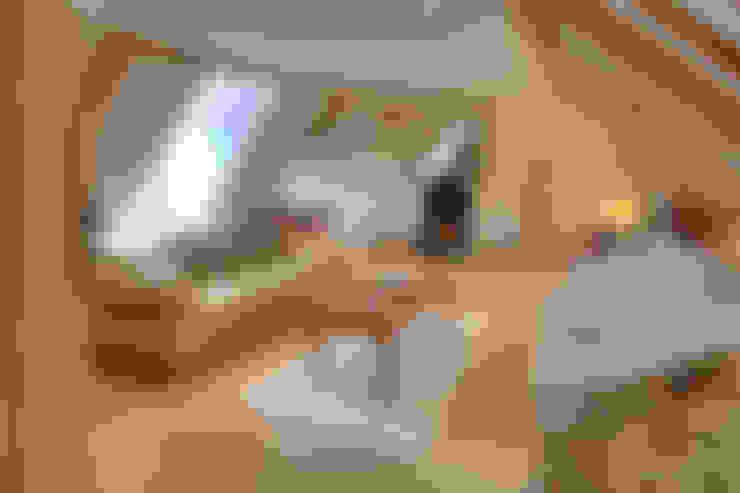 Salas / recibidores de estilo  por Lee Evans Partnership