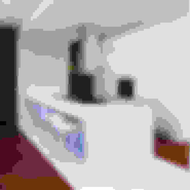 Kitchen by Studio Proarch
