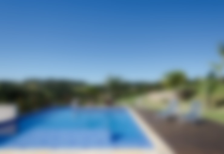 สระว่ายน้ำ by NOMA ESTUDIO