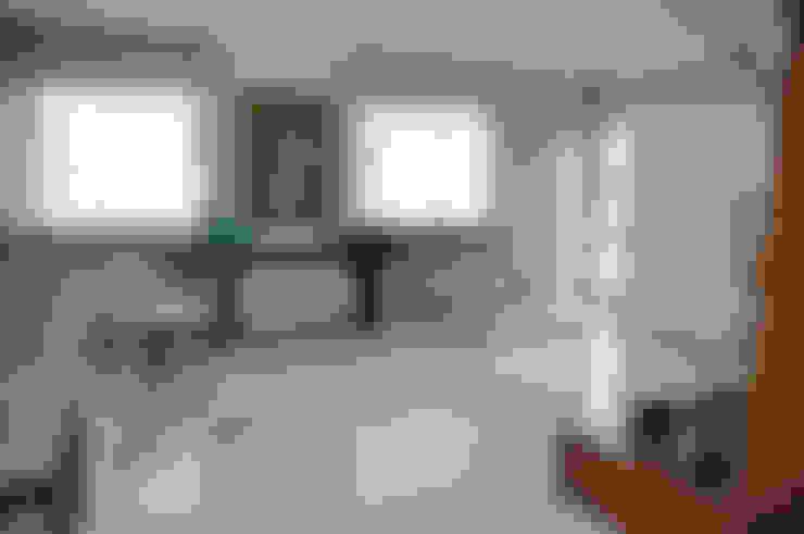 Apartamento em Machacalis 1: Corredores e halls de entrada  por Lívia Bonfim Designer de Interiores
