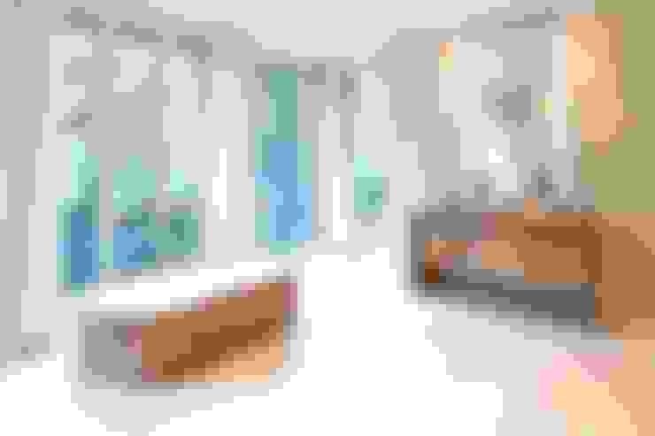 Private Residence München:  Badezimmer von SilvestrinDesign