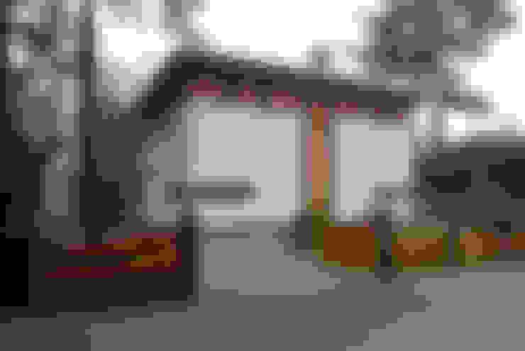Voorgevel:  Huizen door Thijssen Verheijden Architecture & Management