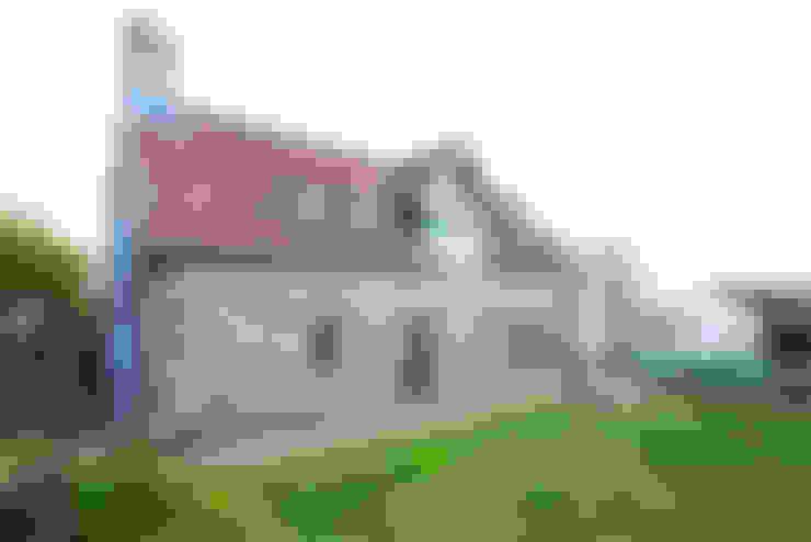 Casas  por CCD Architects