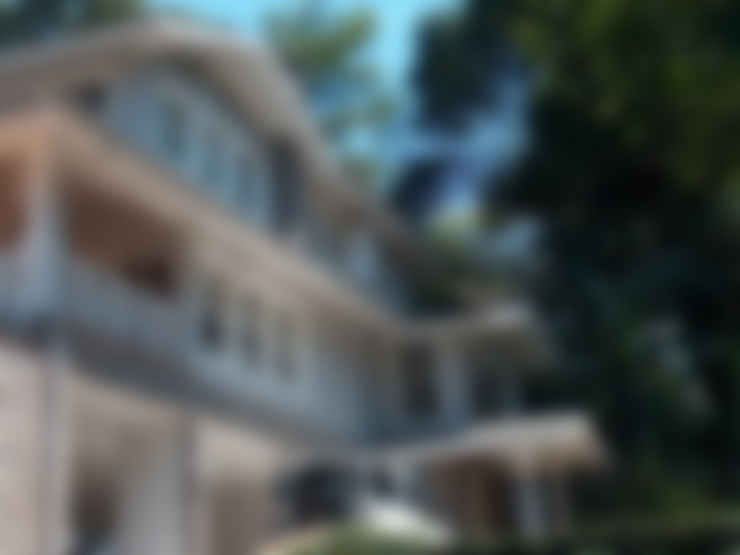 Fachada principal: Casas  por Ronald Ingber Arquitetura