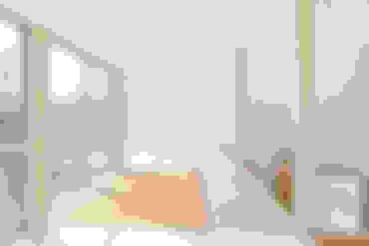 あざみ野の家: 白砂孝洋建築設計事務所が手掛けた和室です。