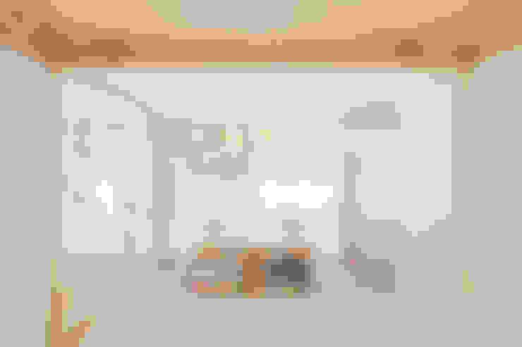 Salas de estar  por 白砂孝洋建築設計事務所