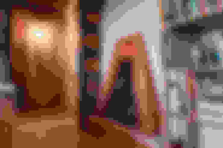 Salas/Recibidores de estilo  por RI-NOVO