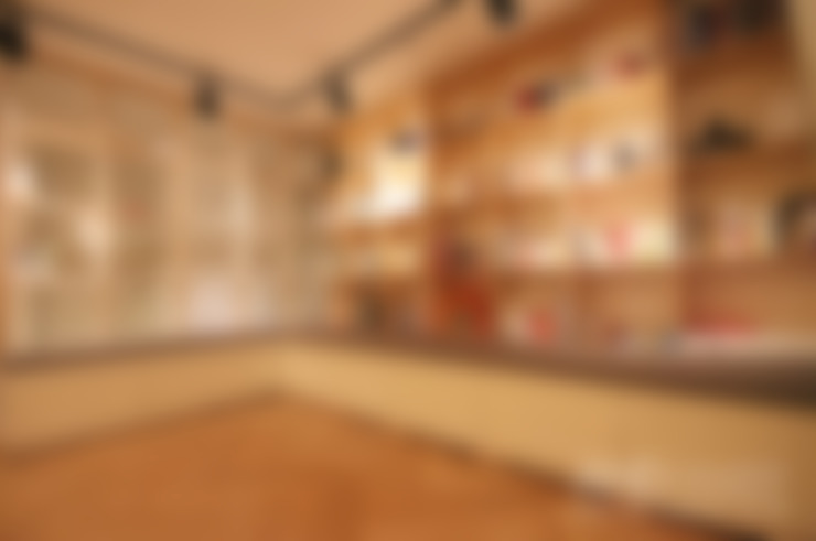 거실: 앤드컴퍼니의  거실