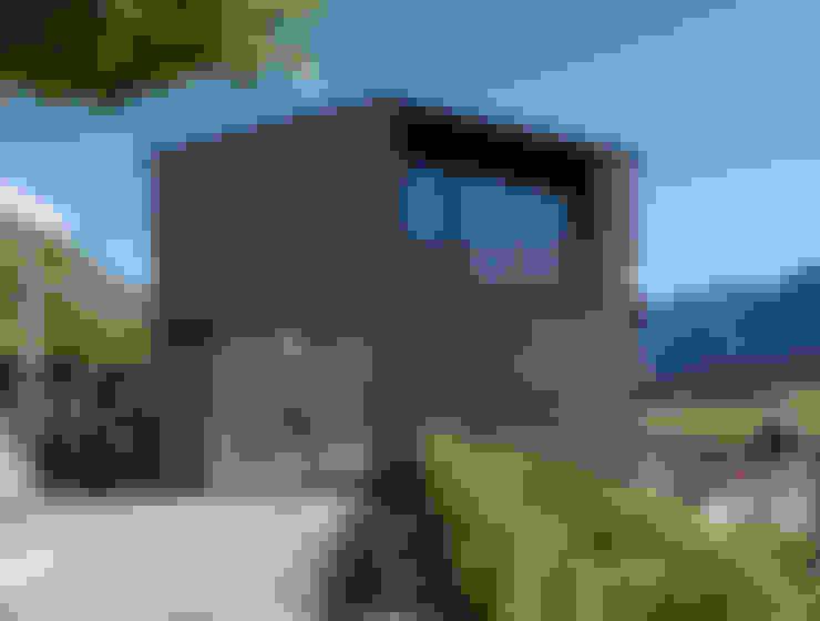 Houses by Albertin Partner