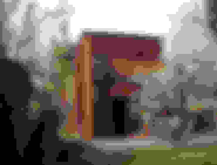 Casas de estilo  de SARL BOURILLET ET ASSOCIES
