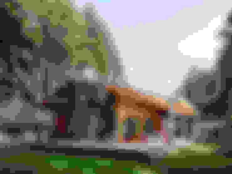 بلكونة أو شرفة تنفيذ NEWOOD - Современные деревянные дома