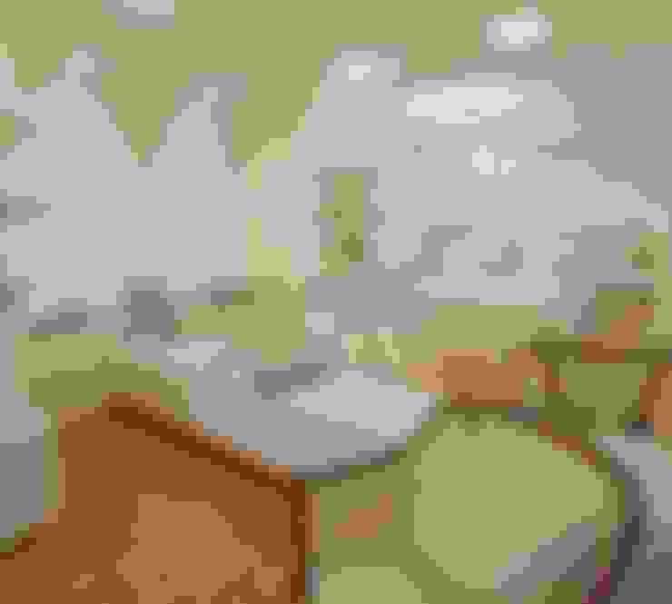 Bedroom by Mariane e Marilda Baptista - Arquitetura & Interiores