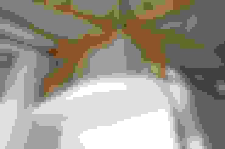 Частный жилой дом в пос. Узигонты. Ленинградская область.: Коридор и прихожая в . Автор – Архитектурная Артель