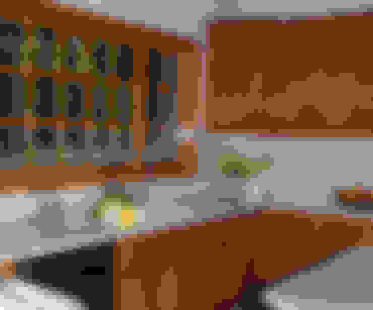 مطبخ تنفيذ InteriorEs Silvana McColgan