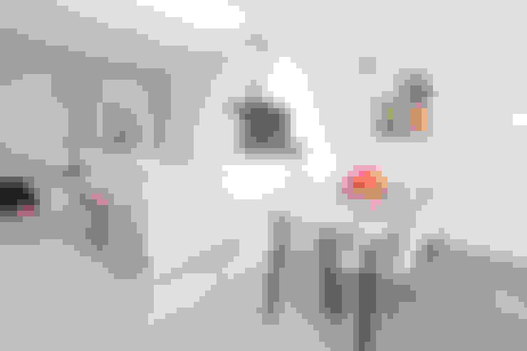 3 drive-in woningen:  Keuken door AERDE BORGERT ARCHITECTEN