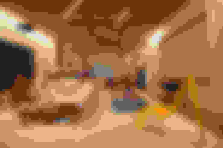 Estar com Cinema Casa Cor 2014: Salas de estar  por BC Arquitetos