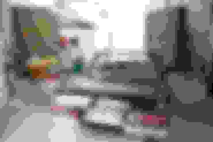 Garage/shed by raphaeldesign