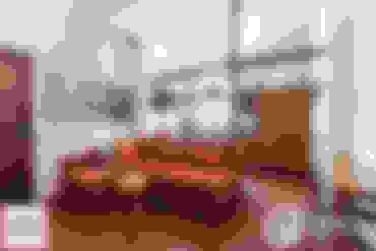 Salas / recibidores de estilo  por Architrek