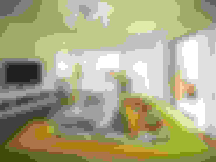 Salas de estar  por KODO projekty i realizacje wnętrz