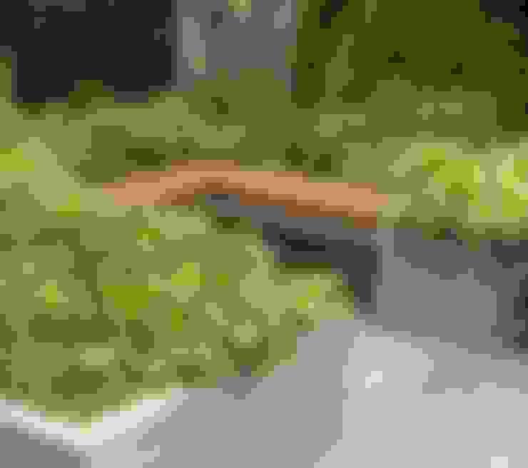 Ruth Willmott:  tarz Bahçe